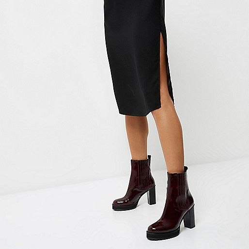 Donkerrode lakleren Chelsea boots met plateauzool en hak