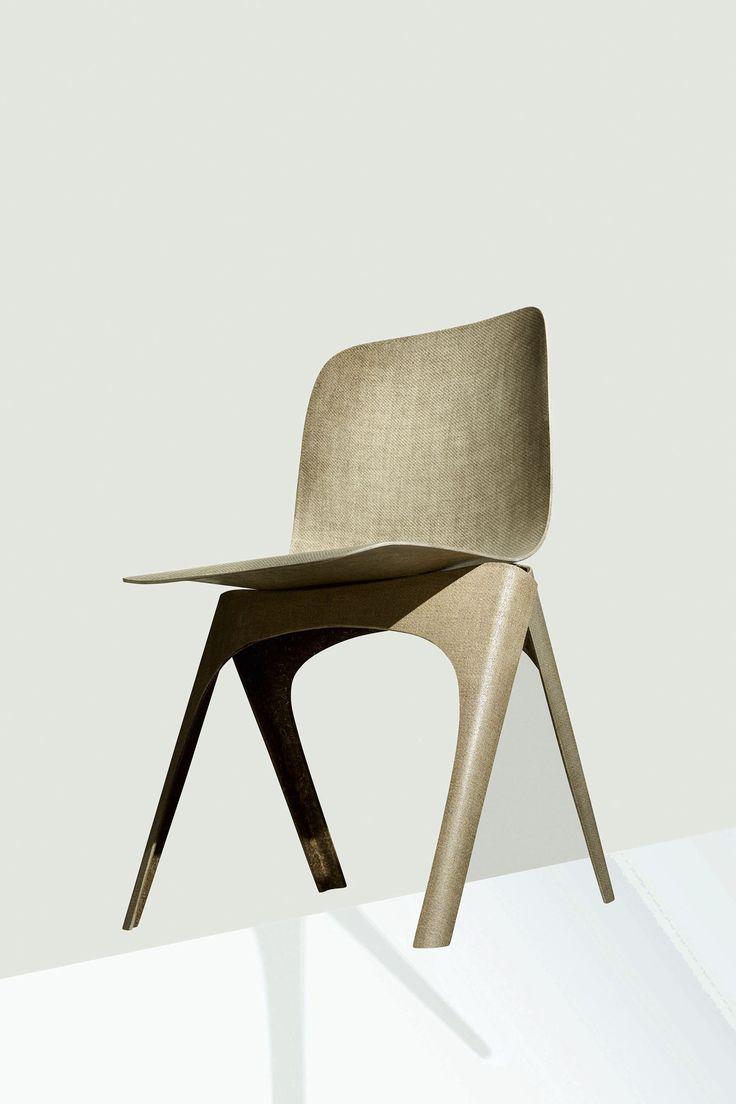 De Flax-stoel van Christien Meindertsma is gemaakt van vlas en PLA - een biologisch afbreekbaar plastic op basis van melkzuur.   Nederlands design kan de aarde redden.   Foto © label/Breed