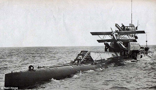 Royal Navy diver's logbook offers fascinating insight into life on World War One submarine that sank when the door wasn't closed properly - http://www.warhistoryonline.com/war-articles/royal-navy-divers-logbook-offers-fascinating-insight-into-life-on-world-war-one-submarine-that-sank-when-the-door-wasnt-closed-properly.html