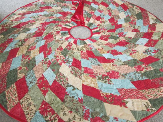 Modern Christmas Tree Skirt, Tree Decoration, Country Christmas Decoration, Holiday Decor, Quilted Tree Skirt