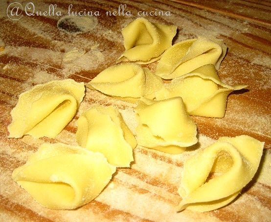 Ingannapreti di grano duro pasta fatta in casa senza uova #homemadepasta #pasta #veganfood