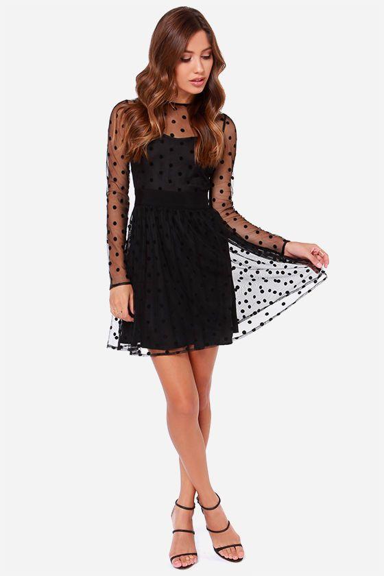 plissiertes Kleid mit Tupfen, schwarz