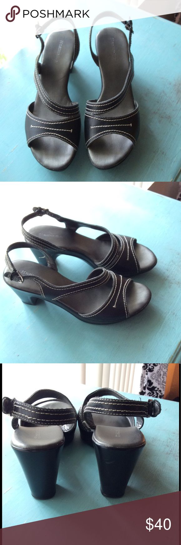 "NATURALIZER Shoes EUC NATURALIZER Shoes, 3"" heel Naturalizer Shoes"
