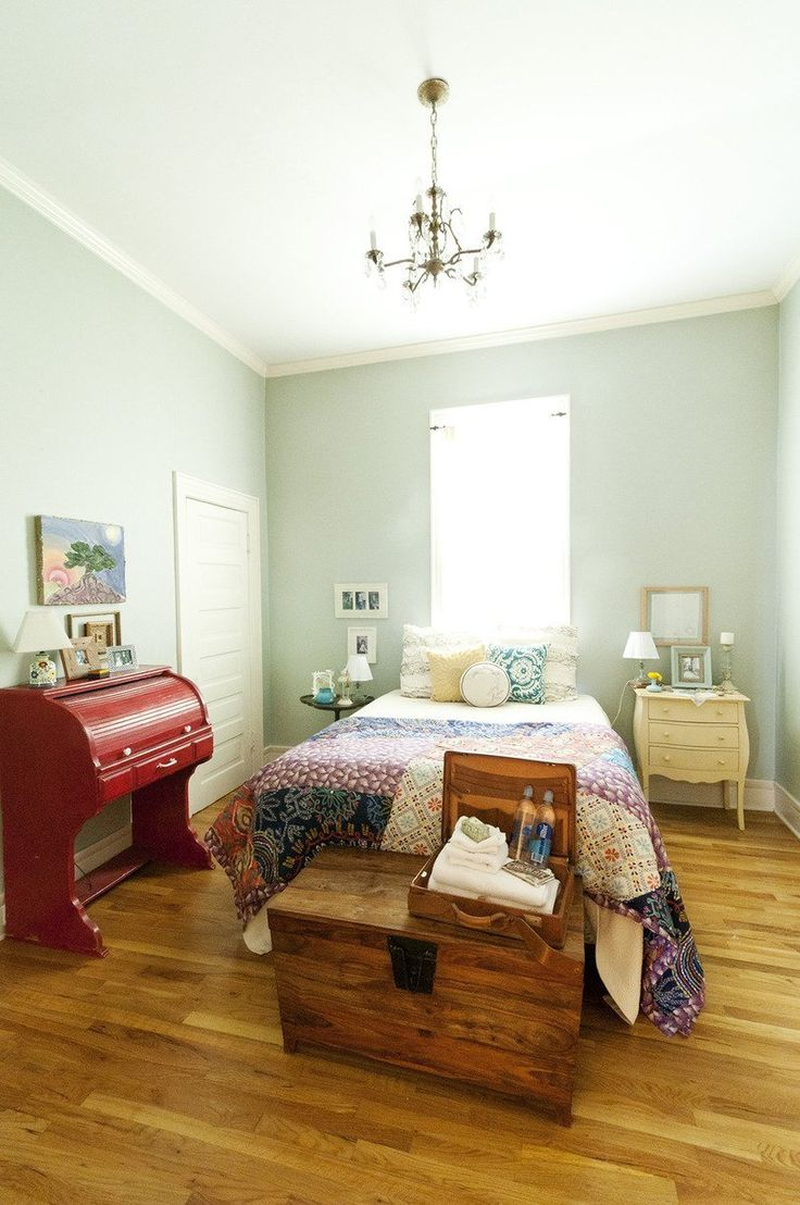 Ruthie & Will's Eclectic Nashville Charmer Apartment