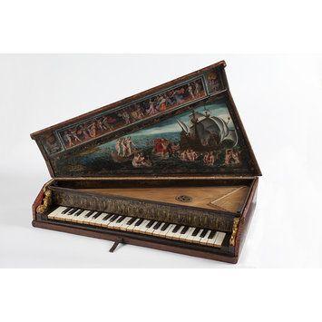 Octave spinet. c. 1600. Italian. Portable keyboard instrument.