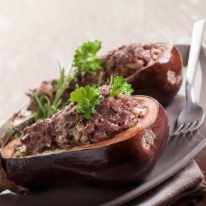 Specijaliteti turske kuhinje odlikuju se odličnom kombinacijom različitih okusa i sastojaka. Ova raznolikost ukorijenjena je geografski i povijesno - Turska se nalazi na raskrižju puteva europskih, azijskih i arapskih zemalja.