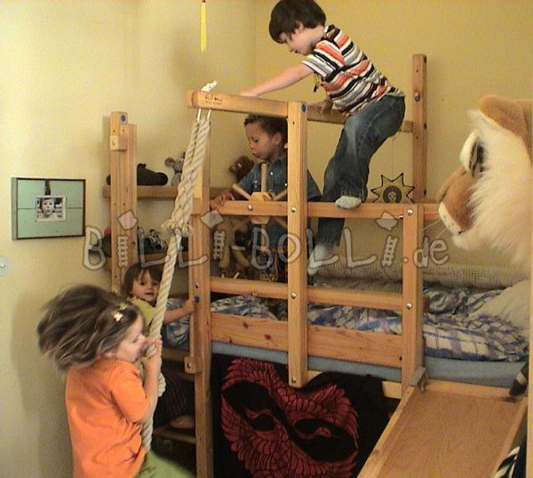 Minimalist loft with climbing wall and slide New - Simple Elegant preschool beds Minimalist
