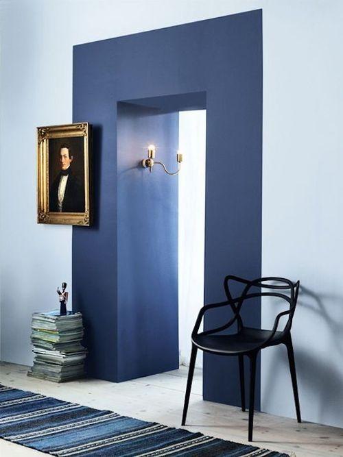 contrasts #door_frame #navy_blue_frame #contemporary