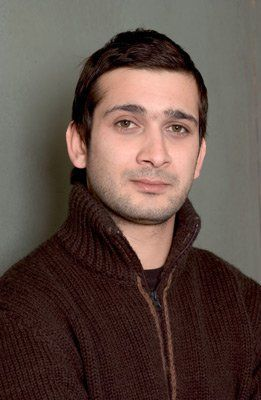 Jimi Mistry at event of Touch of Pink (2004) | Essential Gay Themed Films To Watch, Touch of Pink http://gay-themed-films.com/watch-touch-of-pink/