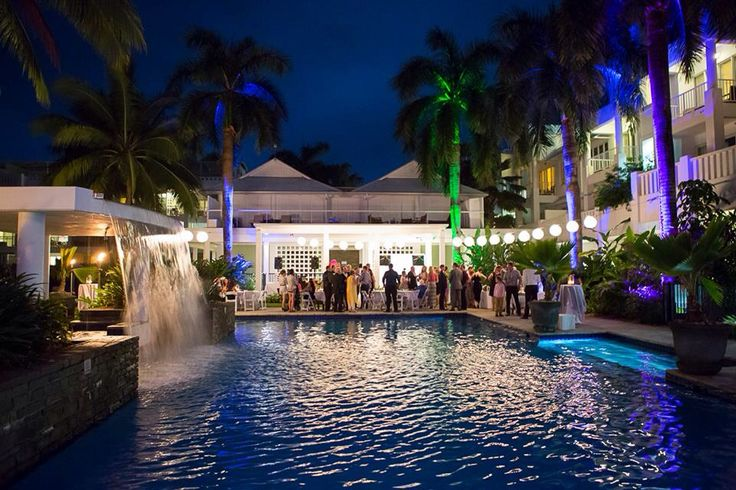 Stunning reception at Peppers Beach Club & Spa in Palm Cove