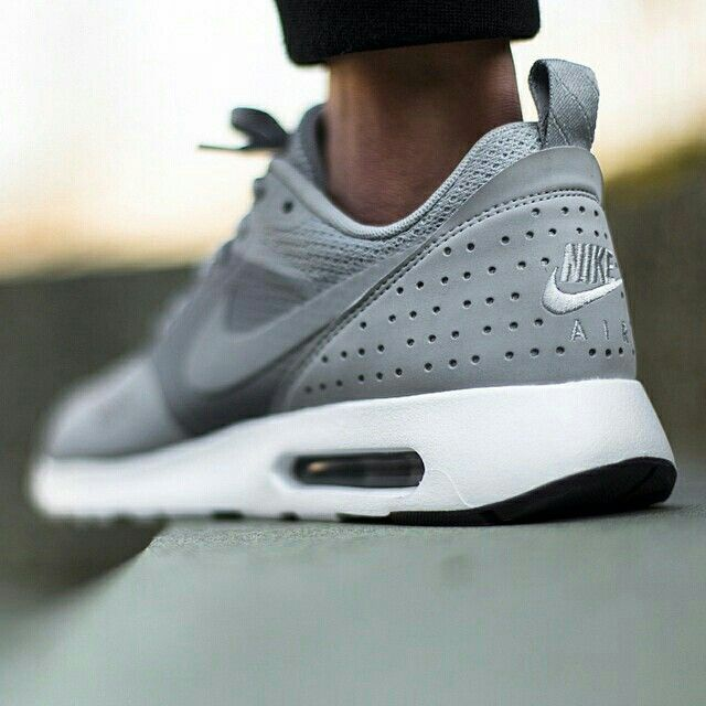 Nike Air Max Tavas Grey/ Flash Green