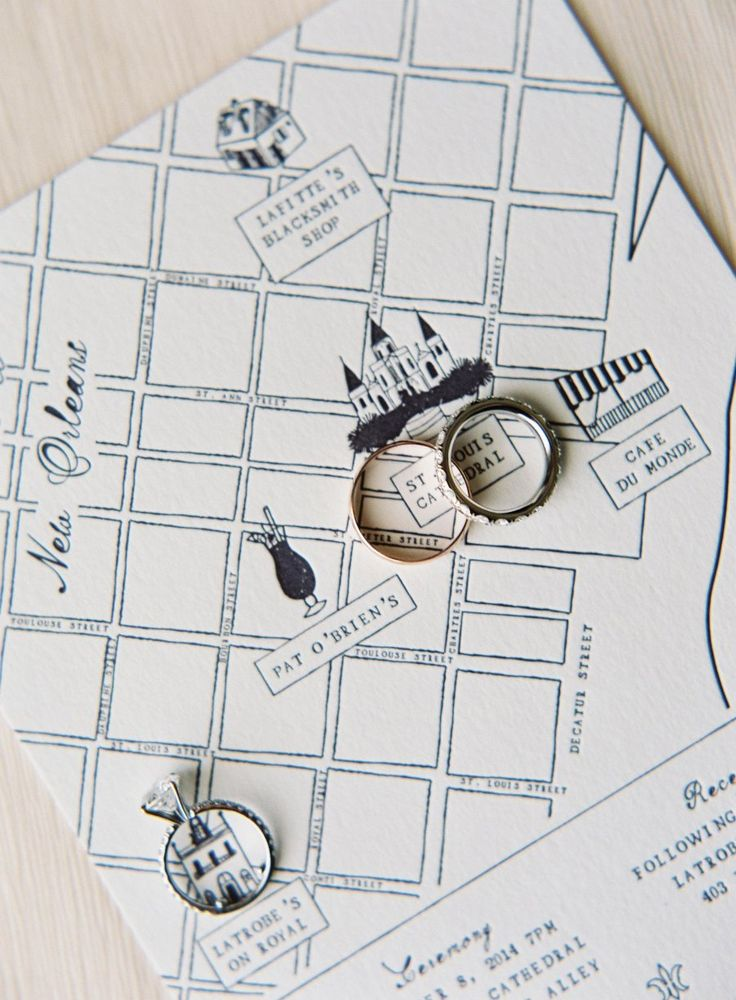 Wedding map: Photography : Rylee Hitchner Read More on SMP: http://www.stylemepretty.com/2016/08/01/classic-new-orleans-french-quarter-wedding/
