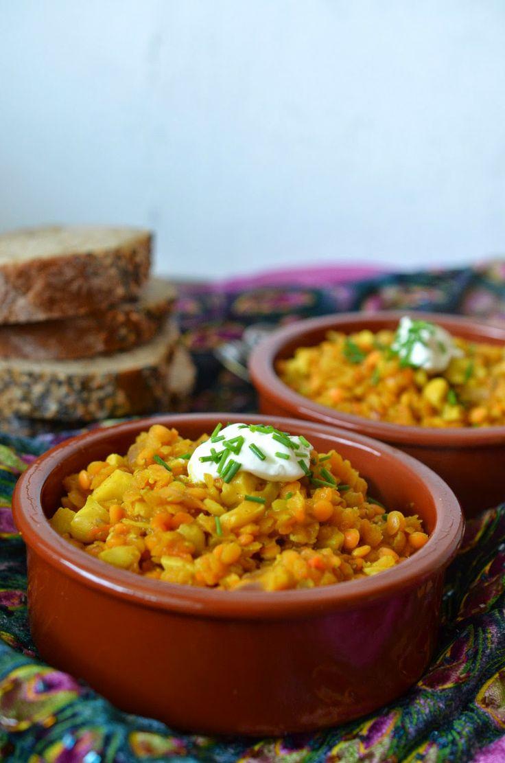 Linsen-Curry mit Möhrchen und Cashew-Kernen