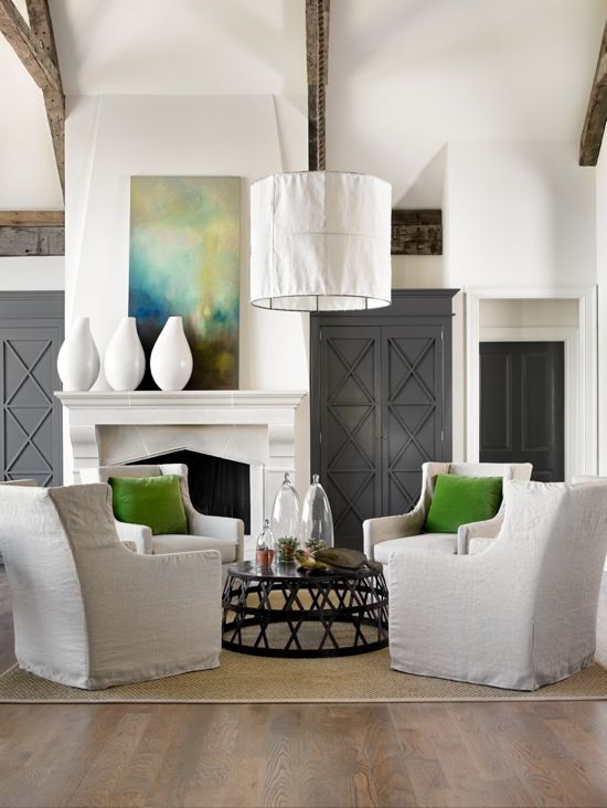 It's amazing how just a touch of color can enhance a neutral palette....this is lovely