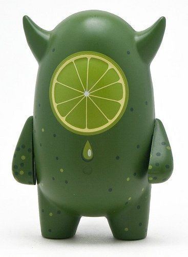 Nahualli - Lime figure by Yahid Rodriguez, produced by Wootini. Front view.