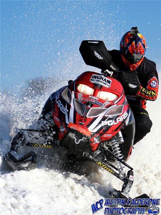 Racing @George Stephanos in Wauconda, Illinois | Photo