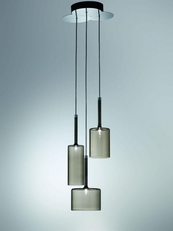 :: LIGHTING :: Italian lighting manufacturer Axo Light have introduced the Spillray pendant lamp.