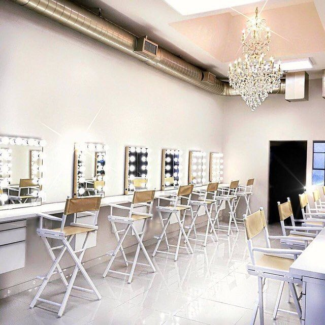 Excited for @vanitymakeup and her studio featuring our gold #ImpressionsVanityGlowXL! Seriously so elegant and pretty Follow @vanitymakeup.studio to see more of Ani's amazing work and her studio! #repost @vanitymakeup My makeup studio is finally coming together! So excited about my little school link in my bio to register for professional beauty courses taught by me! @vanitymakeup.studio located in Pasadena CA