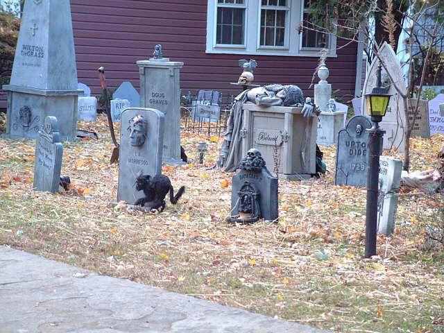 157 best Halloween images on Pinterest Halloween prop, Halloween