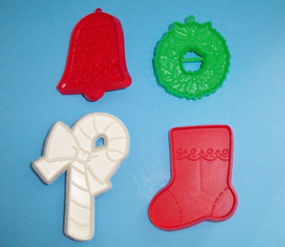4 Hallmark Christmas Cutters by AnEclecticEccentrica