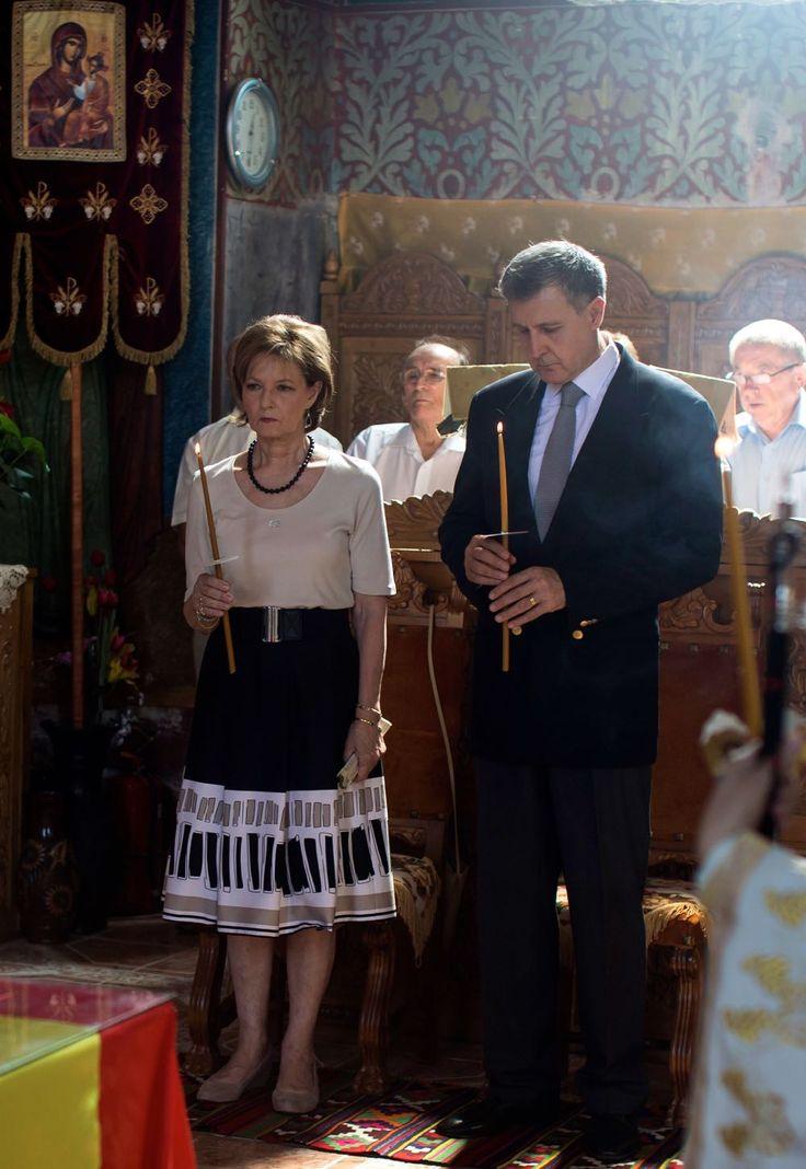 Comemorarea eroilor de la Mărăşeşti | Familia Regală a României / Royal Family of Romania