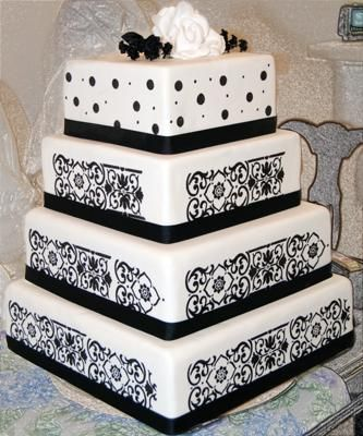 Love black and white: Idea, Polka Dots, White Weddings Cakes, Squares, Black And White, Black White Weddings, Damasks Weddings Cakes, White Cakes, White Wedding Cakes