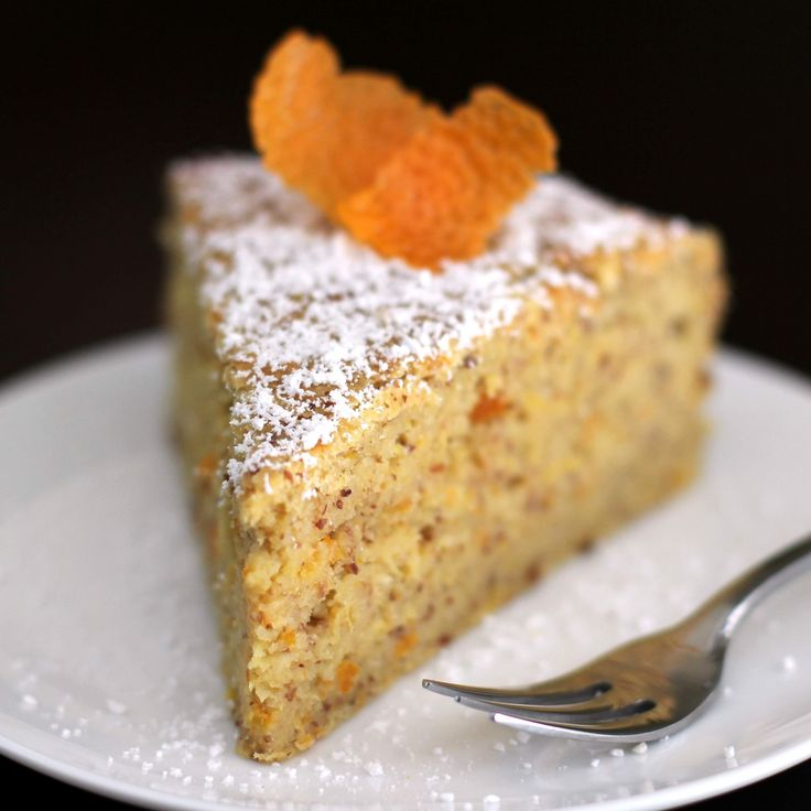 6-ingredient Whole Orange Almond Cake - incredibly moist with no oil/butter added!