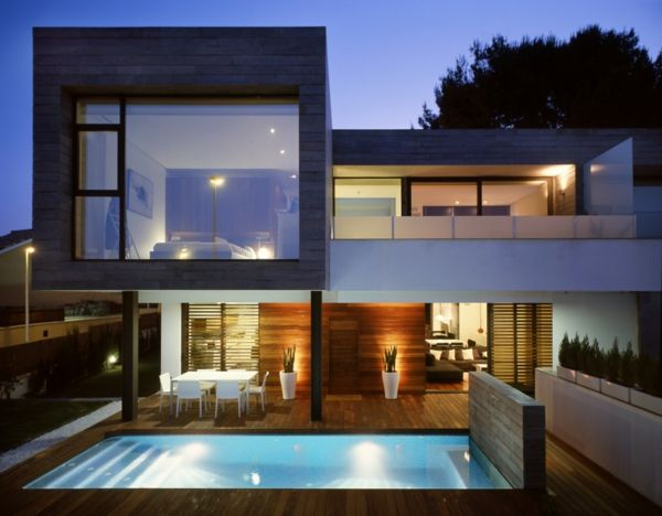 villa contemporaine, architecture cubique                                                                                                                                                                                 Plus