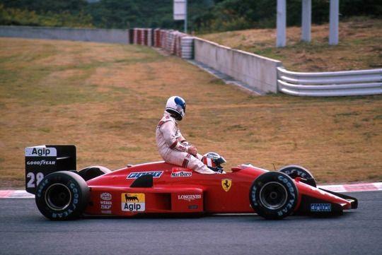 Gerhard Berger (Ferrari F1/87/88) giving Derek Warwick (Arrows A10B) 1988 Hungarian Grand Prix, Hungaroring