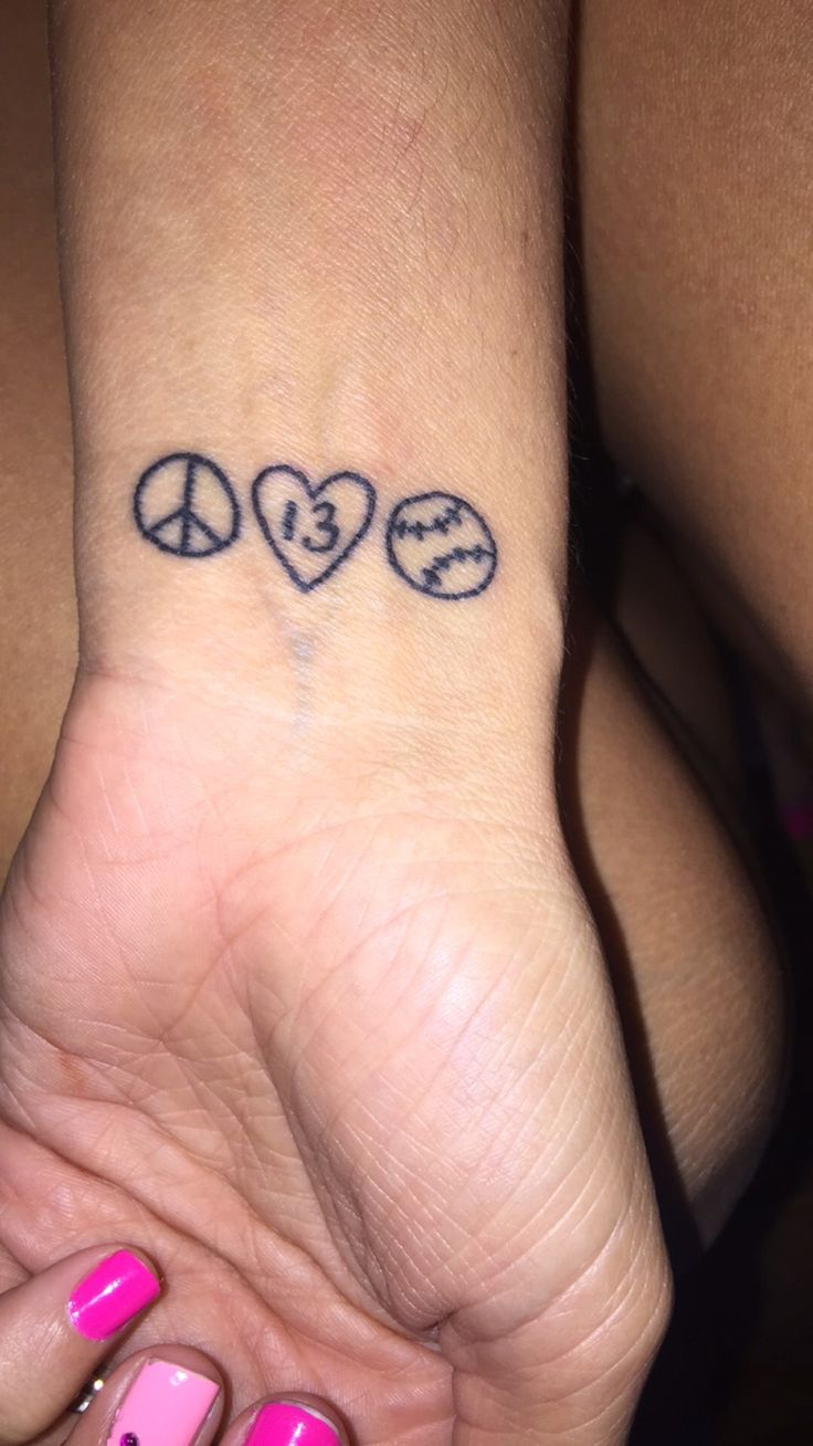 So in love with my new softball tattoo!!