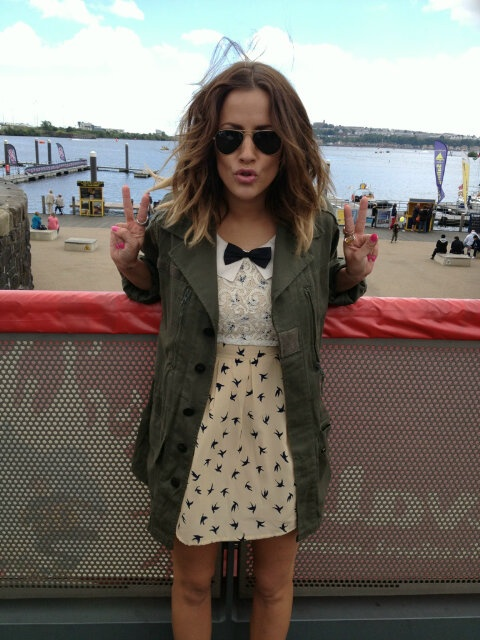 fly away bird dress; caroline flack. <3 I don't like the coat but the dress is adorable!