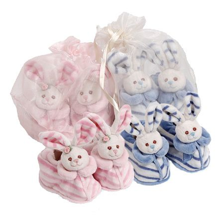 Paul & Norma Baby #Shoes is soft plush bunny (newborn) #baby shoes with a built in rattle. They come in their own little bag.