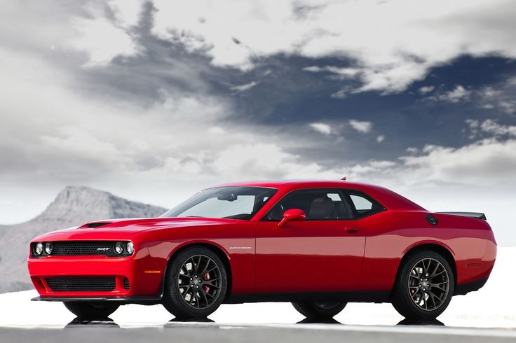 Dodge Challenger SRT Hellcat 707 hp and 650 lb-ft