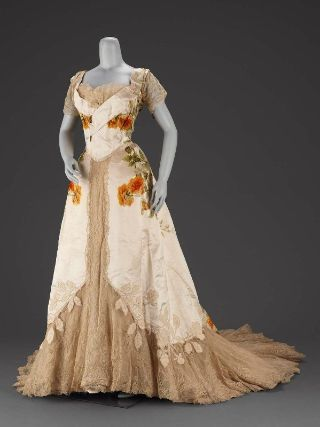 Woman's dress in two parts        French, about 1902      Designed by Jean-Philippe Worth, French, 1856–1926      For House of Worth,