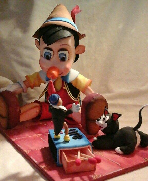 Pinocho de goma eva