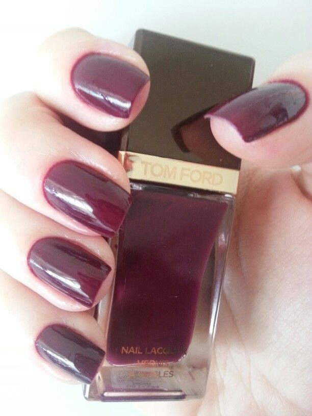 09 plum noir tom ford nail polish my collection pinterest tom ford. Black Bedroom Furniture Sets. Home Design Ideas