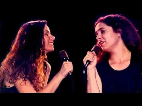 Sandra Mihanovich & Celeste Carballo - Te quiero (Mario Benedetti) - YouTube