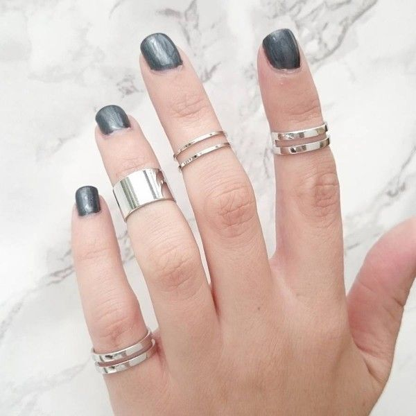 STAXX Silver Tube Midi Rings Set Of Five ($35) ❤ liked on Polyvore featuring jewelry, rings, silver jewelry, layered rings, mid-finger rings, midi rings jewelry and midi rings