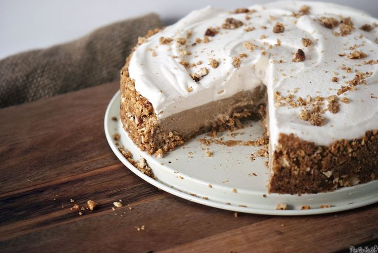 Cinnamon Chai Cream Pie.  I was most impressed with this crust--toasted almonds, hazelnuts, and graham cracker?  Mmm...