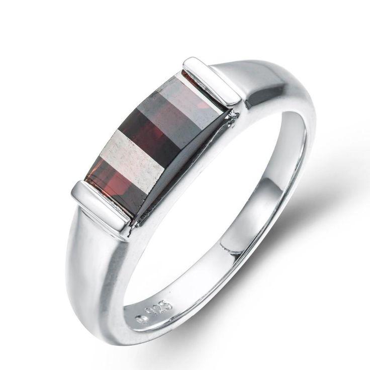 Wedding Band Oxford: Nonna Bridge Black Garnet Ring #mypearls #jewellery