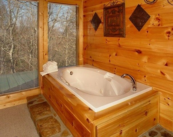 gatlinburg luxury in jacuzzi photo x cabins lots lovin honeymoon of rental cabin