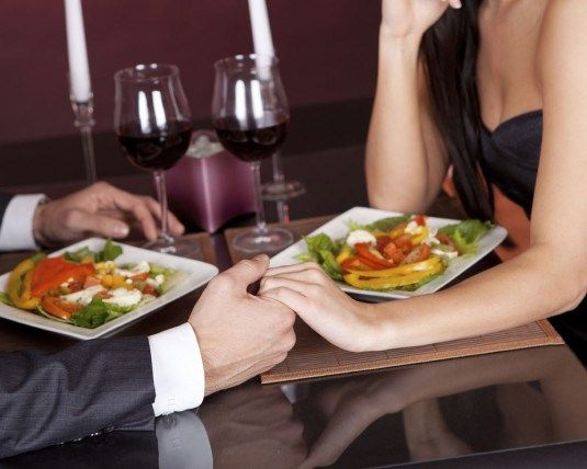 The Weekend Deep-End: First Date Tips For Guys