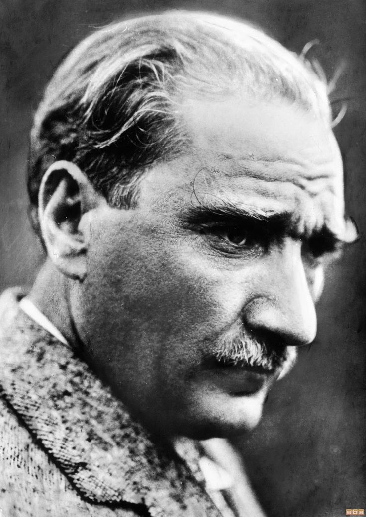 Atatürk fotoğrafları ataturk atatürk resimleri 23 Nisan 19 mayıs 30 ağustos 29 ekim 10 kasım bayrak