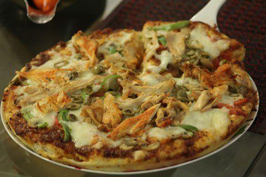 Tandoori Chicken Pizza Recipe by Gulzar Hussain – Recipes in Urdu & English