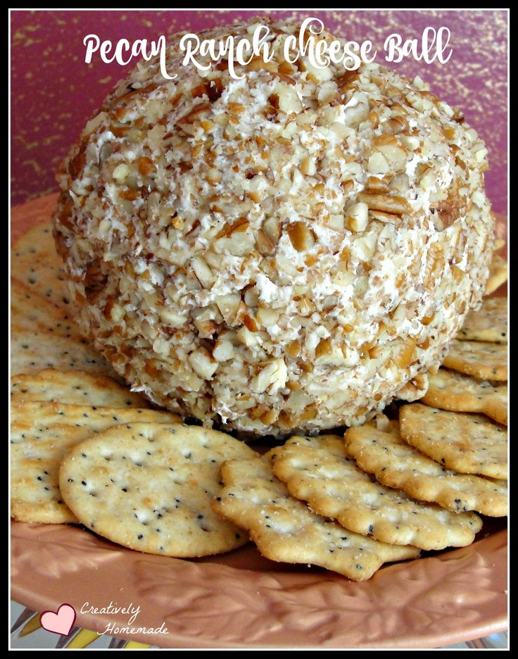 With just 4 simple ingredients, this pecan ranch cheese ball recipe is easy to make and oh so yummy.