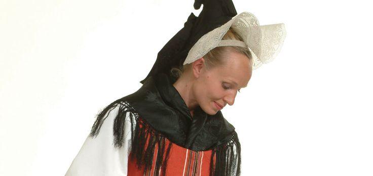 www.kansallispuvut.fi