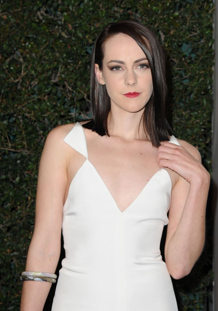 Jena Malone is an American actress and musician.