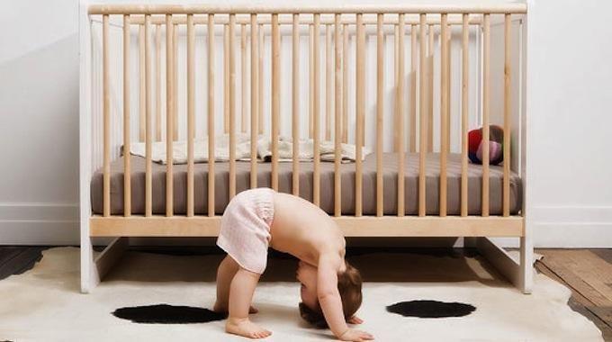 Bébé a grandi et vous ne savez pas quoi faire de son berceau ? Si vous aimez bricolez, voici une façon astucieuse de recycler le lit de bébé. Avec cette astuce, vous n'aurez pas besoin de lui