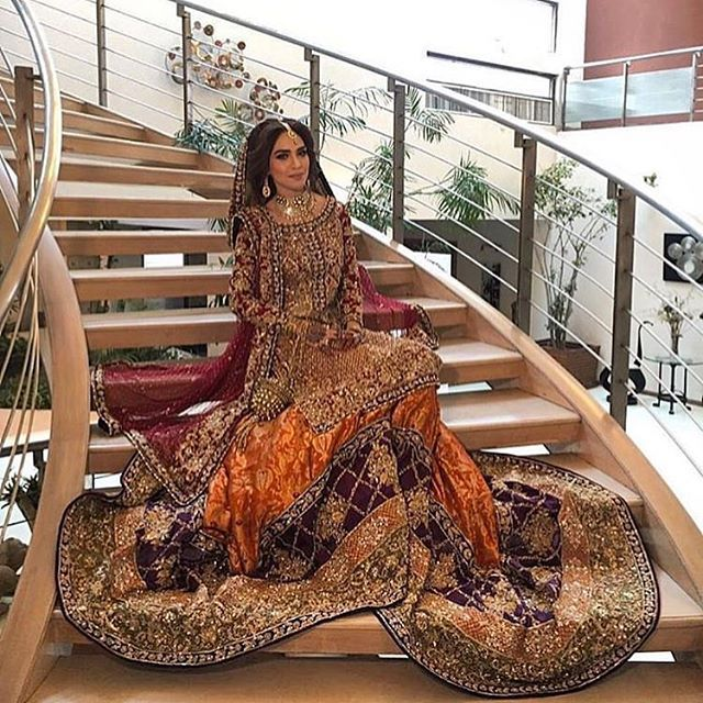 Beautiful bridal couture by @sararohaleasgharofficial