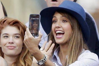 Info Teknologi Gadget Terbaru tentang 6 Jenis Smartphone Foto Selfie dengan perfoma dan kualitas kamera depan Terbaik Bagi Yang Suka Narsis
